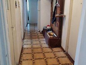 Apartament de vânzare 4 camere în Buzau, Hasdeu