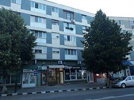Apartament de vânzare 3 camere, în Giurgiu, zona Central