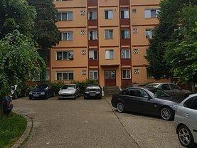 Apartament de vânzare 2 camere, în Resita, zona Moroasa 1