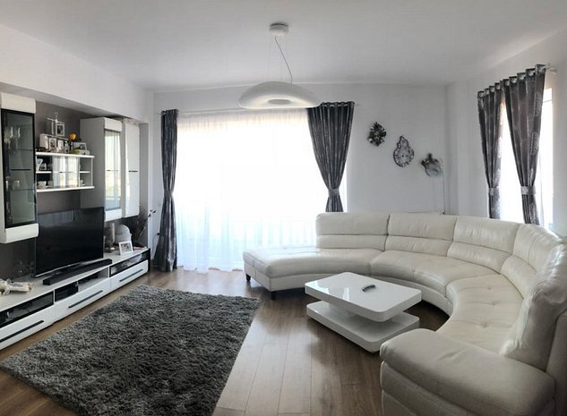 Vand apartament lux 3 camere in Buna Ziua , panorama superba! - imaginea 1