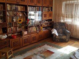 Apartament de vânzare 3 camere în Buzau, Unirii Sud