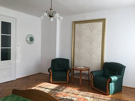 Apartament de închiriat 2 camere, în Brasov, zona Centrul Istoric