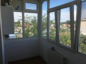 Apartament de vânzare 3 camere, în Braila, zona Buzaului