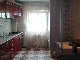 Apartament de închiriat 3 camere, în Ploiesti, zona Mihai Bravu