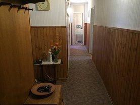 Apartament de vânzare 4 camere, în Miercurea-Ciuc, zona Central