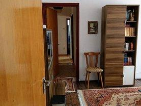 Apartament de vânzare 4 camere în Bucuresti, Drumul Taberei