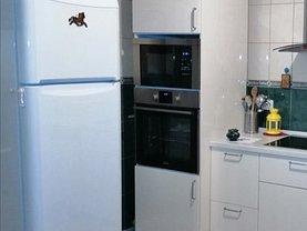 Apartament de vânzare 4 camere, în Bucuresti, zona Uverturii