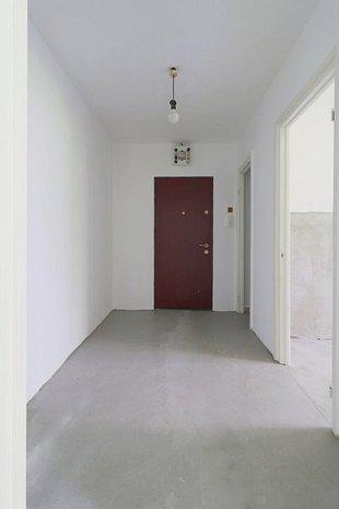 Vanzare apartament 4 camere Berceni Brancoveanu, Proprietar, Renovat - imaginea 1