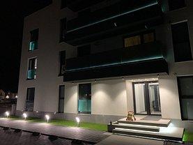 Apartament de vânzare 4 camere, în Ploieşti, zona Albert