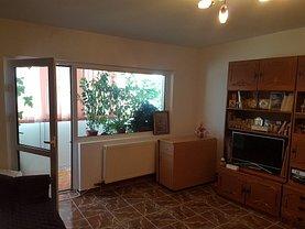 Apartament de vânzare 2 camere, în Buzău, zona Dorobanţi 2