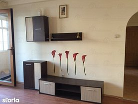 Apartament de vânzare 3 camere, în Constanta, zona Central
