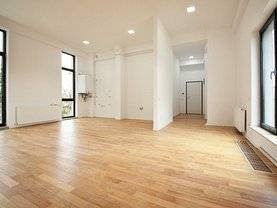 Apartament de vânzare 3 camere, în Bucuresti, zona Dacia