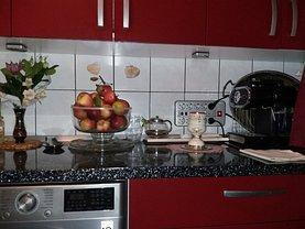 Apartament de vânzare 3 camere, în Bucuresti, zona Brancoveanu