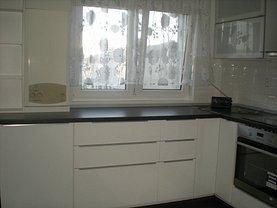 Apartament de închiriat 4 camere în Bistrita, Central