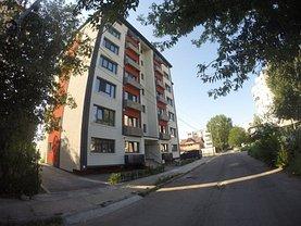 Apartament de închiriat 3 camere, în Braila, zona Bariera