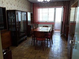 Apartament de vânzare 3 camere, în Deva, zona Gojdu