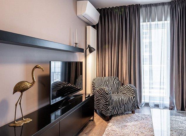 Apartament nou, 2 camere, 2 locuri de parcare, prima inchiriere - imaginea 1