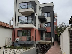 Apartament de vânzare 3 camere, în Constanţa, zona Stadion