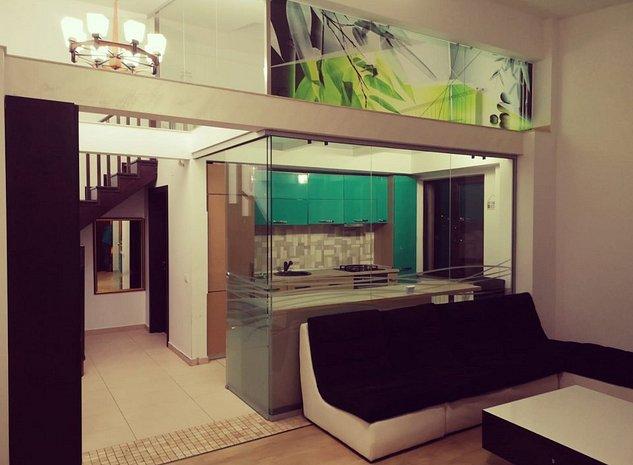 Proprietar vând apartament 4 camere tip penthouse - imaginea 1