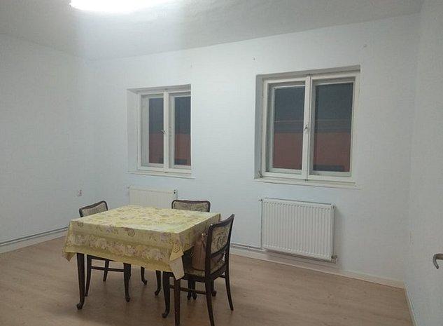 Apartament de inchiriat str. MOS ION ROATA - pretabil birou - imaginea 1