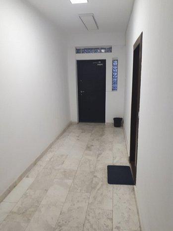 Investiţie - apartament / Spaţiu birou, clădire mixtă office / rezidenţial - imaginea 1