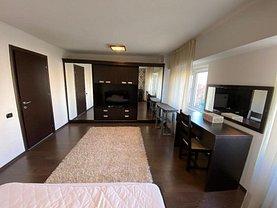 Apartament de vânzare 3 camere, în Constanţa, zona Trocadero