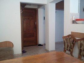 Apartament de vânzare 3 camere, în Constanta, zona Gara