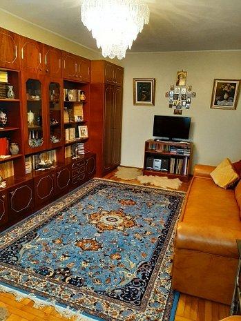 Apartament 3 camere Faleza Nord Constanta vedere la mare! - imaginea 1