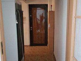 Apartament de vânzare 2 camere, în Bacau, zona Narcisa