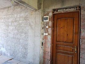Apartament de vânzare 3 camere, în Suceava, zona Obcini