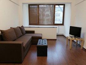 Apartament de închiriat 2 camere, în Galaţi, zona Piaţa Centrală