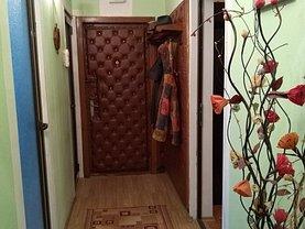 Apartament de vânzare 4 camere, în Galati, zona Central