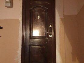 Apartament de vânzare 4 camere, în Buzău, zona Dorobanţi 2
