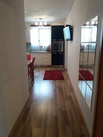 Apartament 3 camere, proprietar, mobilat-utilat - imaginea 1