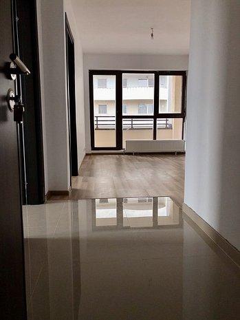 Apartament 2 Camere Finisat la cheie Piaţa chibrit - imaginea 1