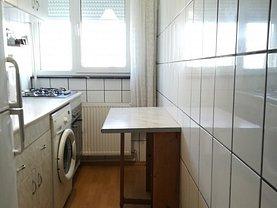 Apartament de vânzare 2 camere, în Ploieşti, zona Republicii