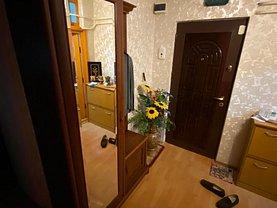 Apartament de vânzare 2 camere, în Brăila, zona Buzaului