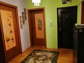 Apartament de vânzare 3 camere în Sfantu Gheorghe, Central