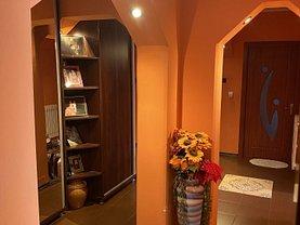 Apartament de vânzare 3 camere, în Dancu