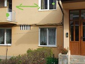 Apartament de vânzare 2 camere, în Zărneşti, zona Central