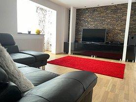 Apartament de vânzare 2 camere, în Piatra-Neamţ, zona Dărmăneşti