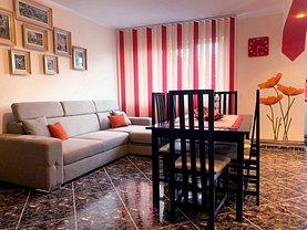 Apartament de vânzare 3 camere, în Vaslui, zona Central