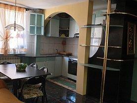 Apartament de vânzare 4 camere, în Piatra-Neamţ, zona Central
