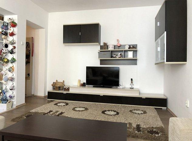 Apartament 3 camere - Bulevard - imaginea 1