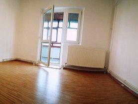 Apartament de vânzare 2 camere, în Roşiori de Vede, zona Central