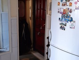 Apartament de vânzare 4 camere, în Brăila, zona Buzaului