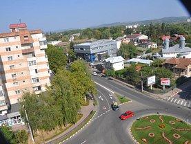 Apartament de vânzare 3 camere, în Târgovişte, zona Ultracentral