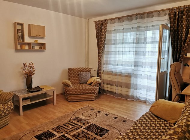 Proprietar inchiriez apartament cu 2 camere decomandat Eroii Revolutiei - imaginea 1