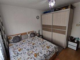 Apartament de vânzare 3 camere, în Vaslui, zona Spital