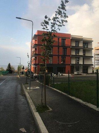 Vand apartament 2 camere Andrei Muresanu constructor - imaginea 1